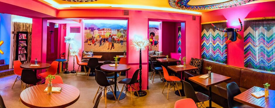 Buntes Interior im Afro Cafe in Salzburg | © Afro Cafe