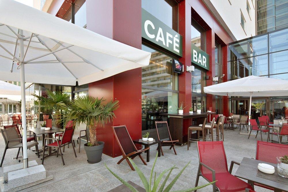 Café U0026 Bar With High Table | Hotel Europa Salzburg