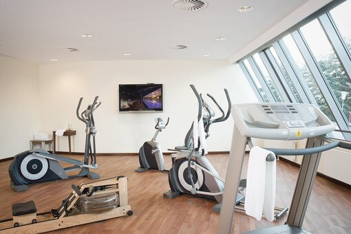 Fitnessroom with equipment | Hotel Schloss Lebenberg in Tyrol
