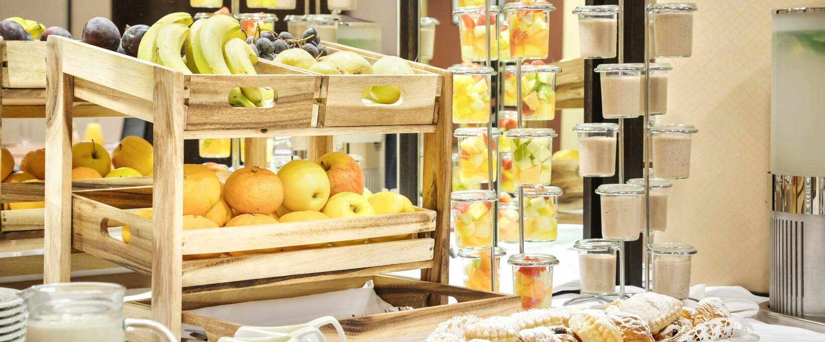 Seminar Buffet with fruits | Hotel Ananas in Vienna