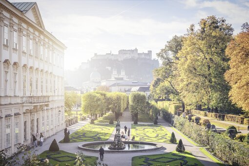 Mirabell garden with view to the Hohensalzburg | Salzburg