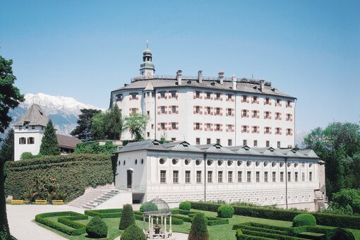 Exterior view of Ambras Castle | Innsbruck | © KHM-Museumsverband
