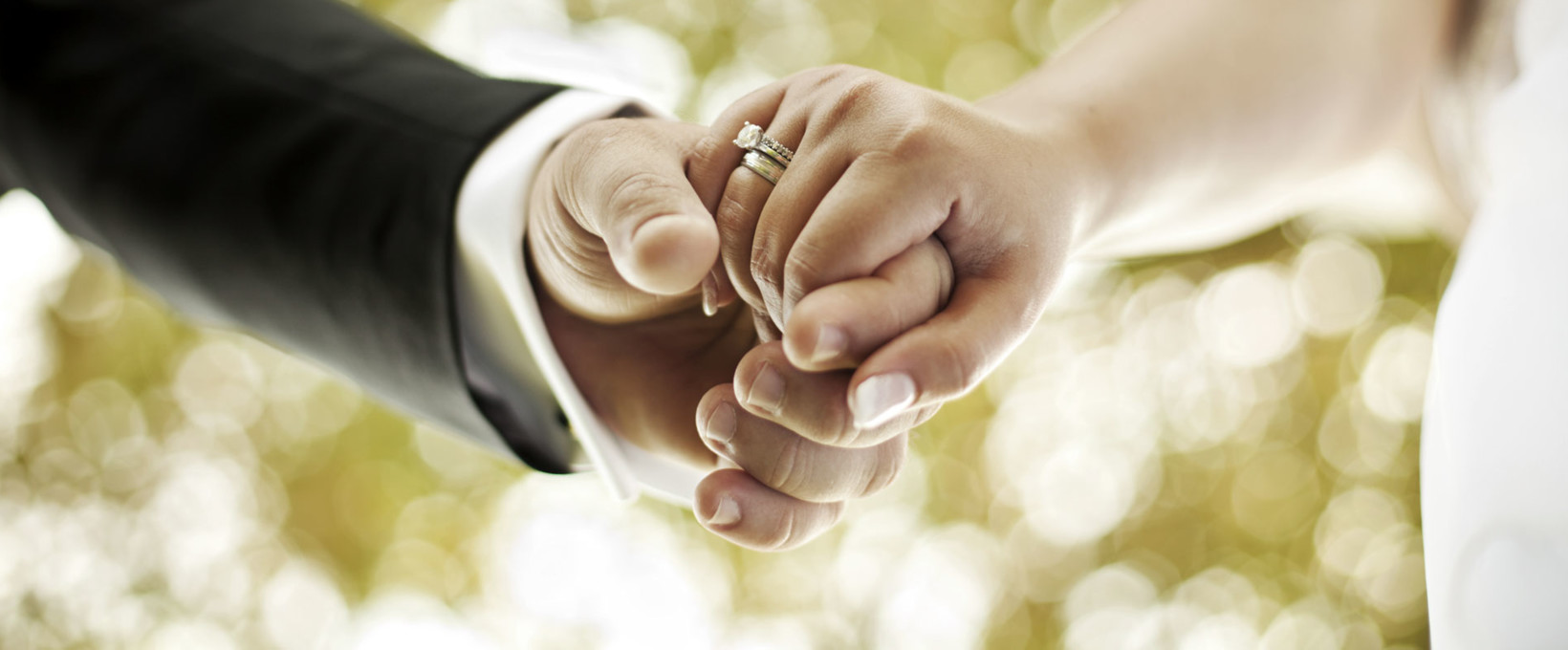 Wedding couple with wedding ring